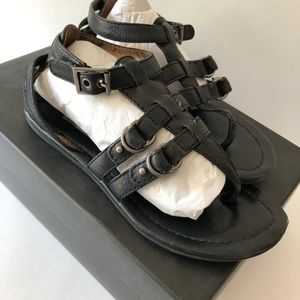 Cynthia Vincent black Hayes sandals